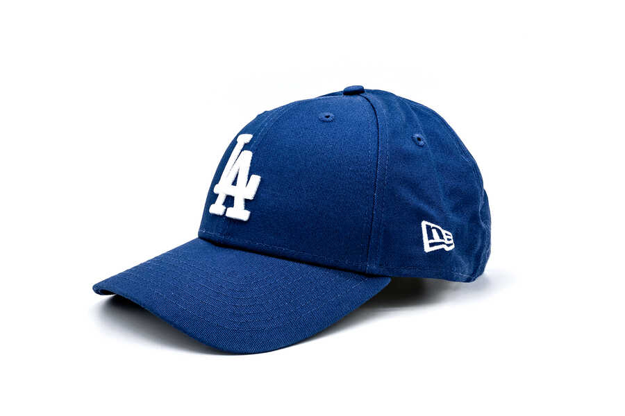New Era - 11405492 LEAGUE ESSENTIAL 940 LOS ANGELES DODGERS LIGHT (1)