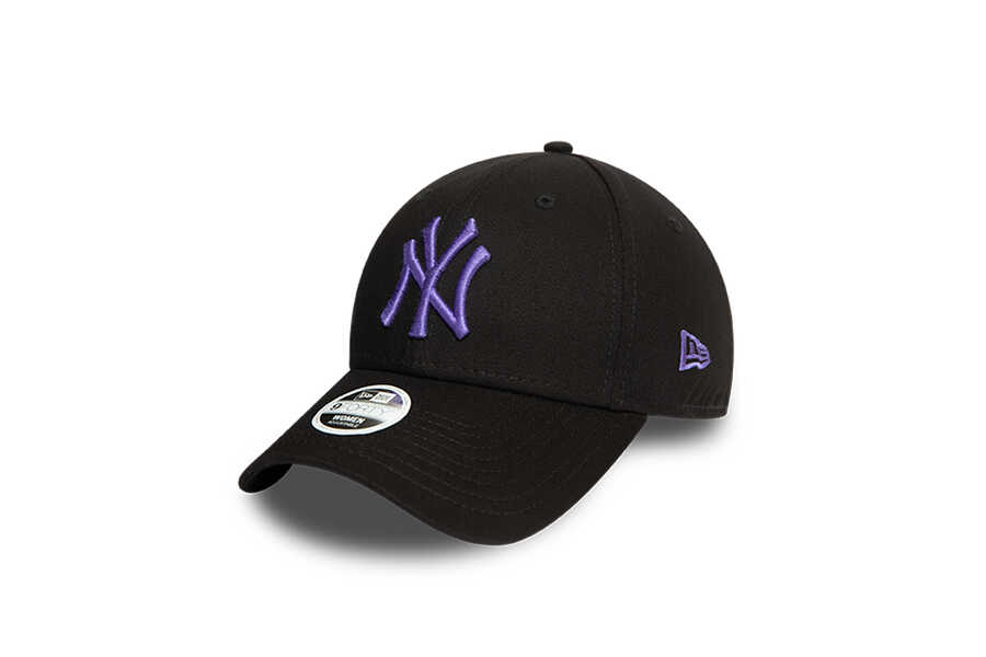 New Era - 12380762 WMNS LEAGUE ESSENTIAL 940 NEYYAN (1)