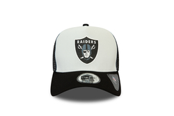 New Era - 12380795 TEAM COLOUR BLOCK TRUCKER OAKRAI (Thumbnail - )