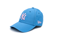 New Era 12325303 MLB LEAGUE ESSENTIAL 940 NEYYAN SKYPLUM - Thumbnail